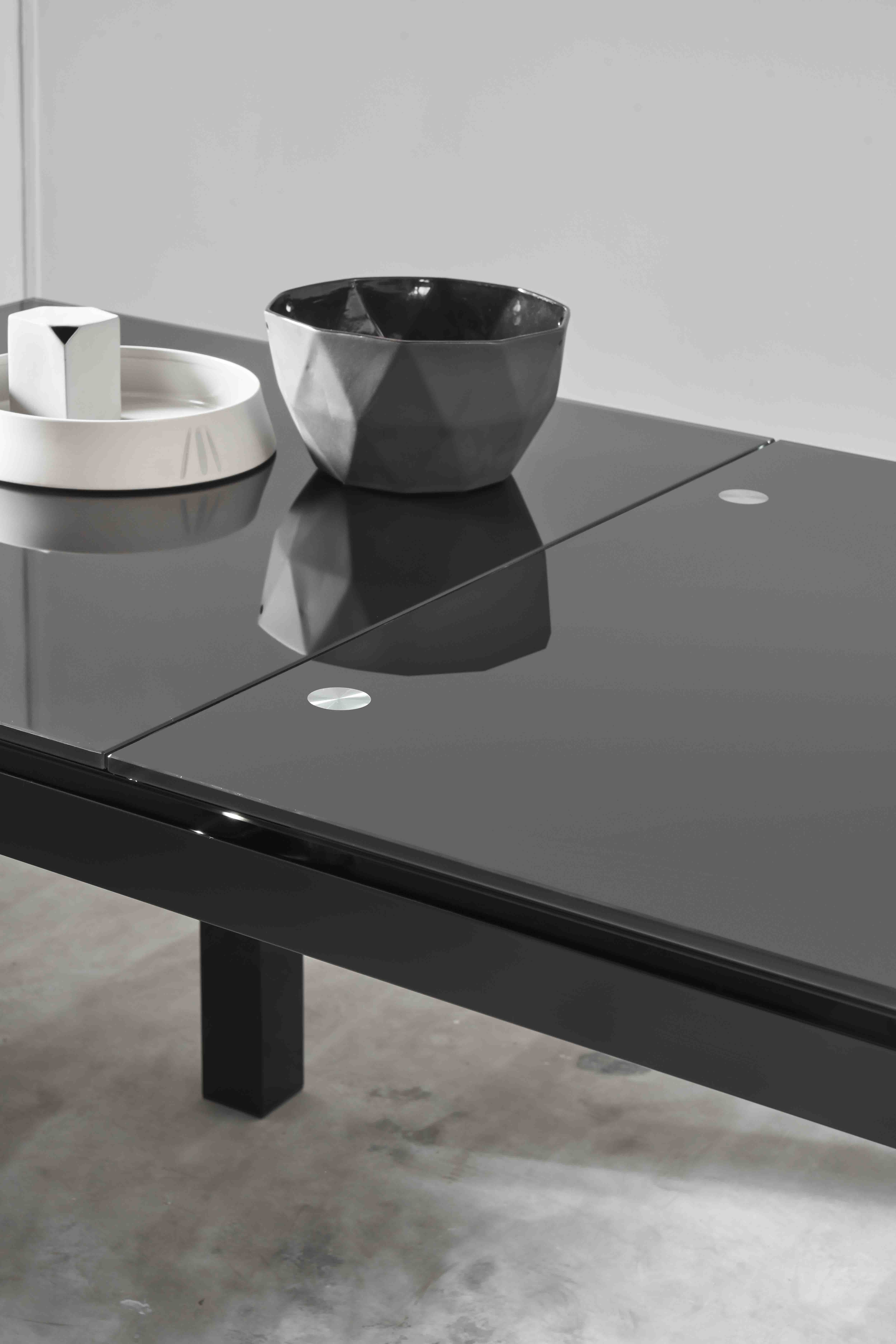 Leba dining table 04