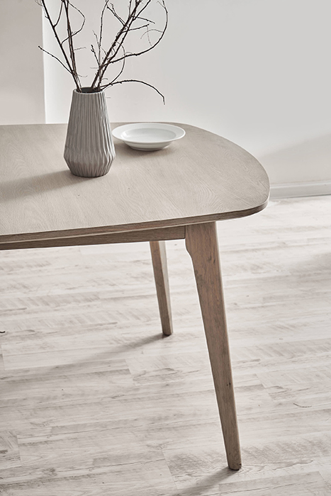 Marte dining table 03